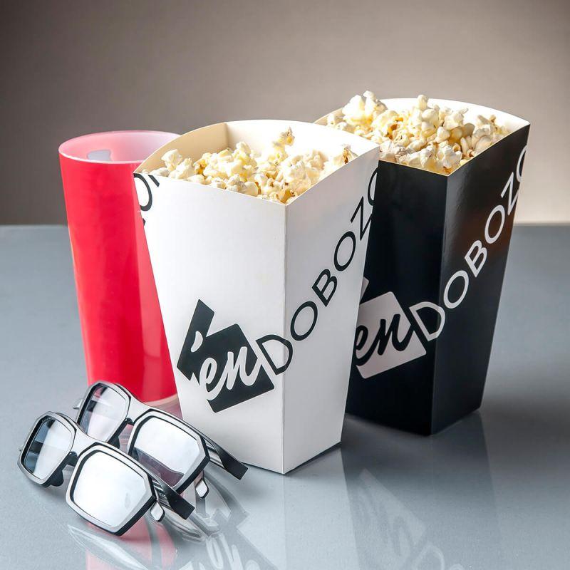 különböző színű popcorn doboz