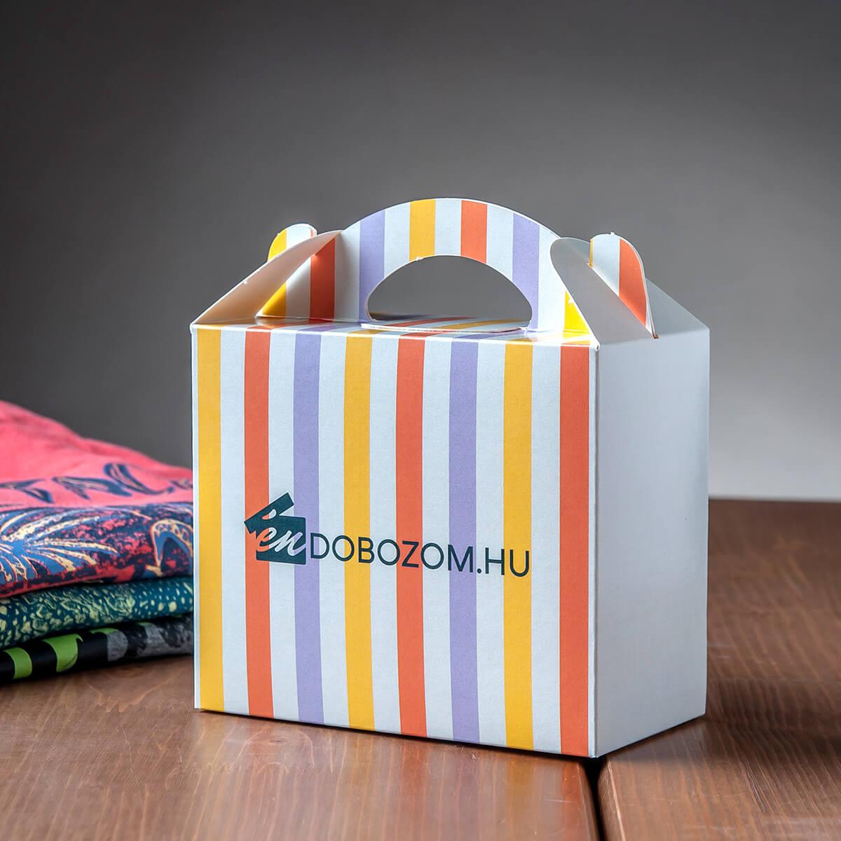 piskótafüles doboz ruházati csomagolásként